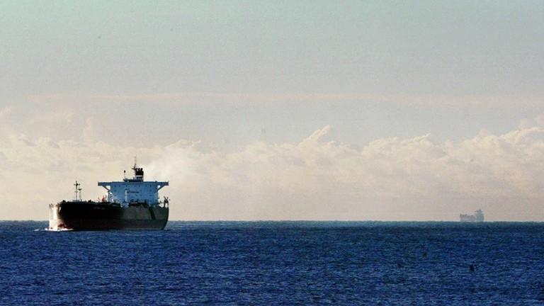 دام برس : دام برس | أنباء عن توقف ناقلة نفط بريطانية في مياه الخليج وطهران تنفي نبأ احتجازها