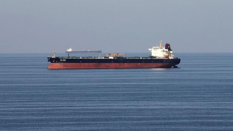 دام برس : دام برس | طهران تلوح بفرض رسوم لعبور السفن مضيق هرمز