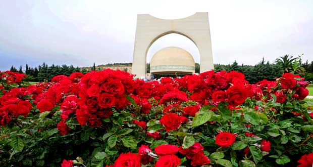 دام برس : دام برس   عيد الشهداء أعظم مناسبة في عيون السوريين