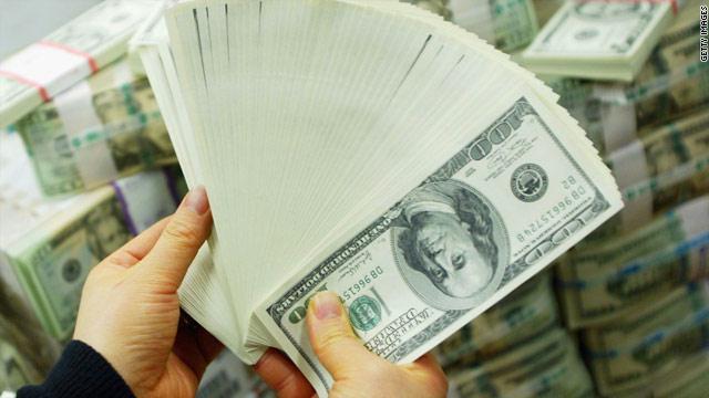 قُبض على مساعد نولاند وفي حوزته أموال أمريكية مزورة كانت مُخصصة للمجموعات المرتزقة في سورية